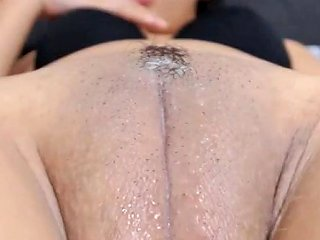 Big Fat Wet Chubby Shaved Cameltoe Pussy Fingered Porn D0