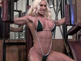 Naked Female Bodybuilder Ashlee Chambers Fucks Crush