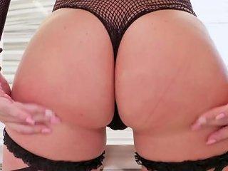 Jules Jordan Big Booty Slut Maddy O 039 Reilly 039 S Ass Devours A Bbc