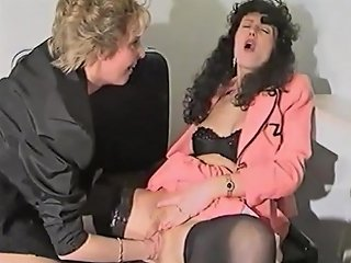 Sandra Fox Fisting And Lesbian Fun With Other Women 01