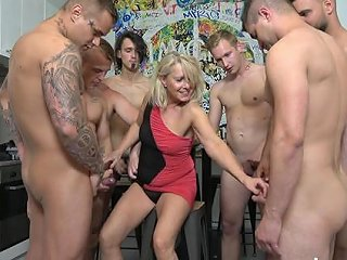 A Gangbang Party And Double Penetration Is All That Blond Any Porn