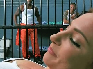 Wild Bitch Is Having Sex With Two Men In The Prison Cell