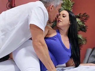 After Workout Wet Angela White Wants To Jump On A Friend's Pecker