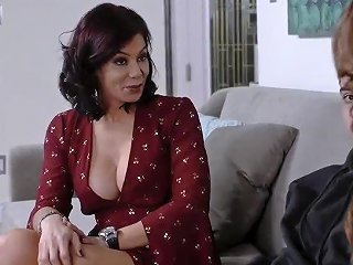 Huge MILF And Compeer's Step Patron Fucks Mom In Kitchen Teach My
