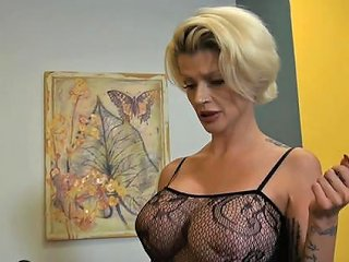 Milf Joslyn James Likes Nothing As Much As Having Her Coo Any Porn