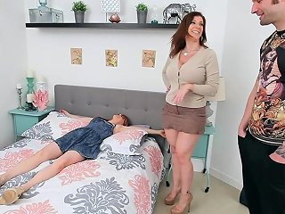 Hottest Threesome Busty Milf Sara Jay Fucks Her Airbnb Guests