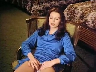 Annette Haven Solo Free Girls Masturbating Porn Video 50