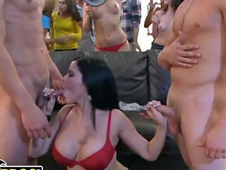 Bangbros Pawg Alexis Texas Crashes College Party With Her Friends