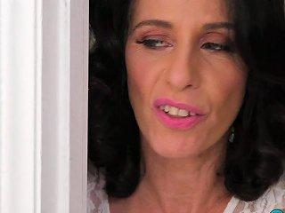 Lustful Cougar Keli Richards Gets Her Old Backside Nailed