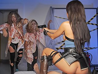 Resident Evil A Xxx Parody Txxx Com