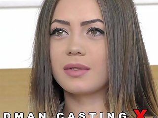 Adorable Hot Babe Lou Hardcore Casting