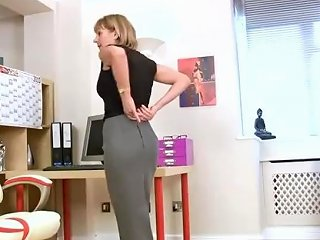 Nude Mommy Elaine Gets Fucked Hot Tender Son