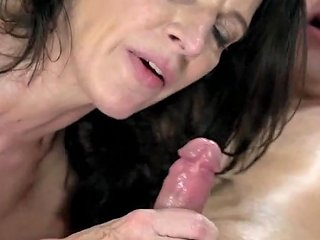 Gran Fucked By Young Guy And Takes A Mouthful Of Cum
