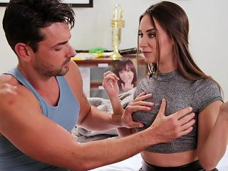 Cheating Boyfriend Bangs His Gf's Best Friend Cassidy Klein